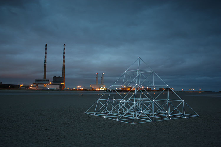 Meadhbh O'Connor, Dave Madigan, Power Structure, installation art