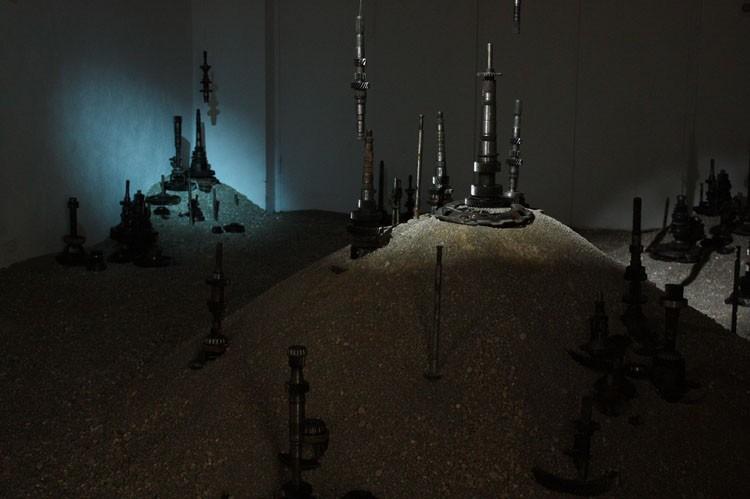 'Blackout', 2012