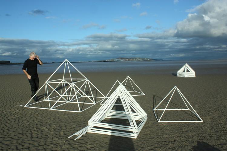 Dave Madigan and Méadhbh O'Connor. Constructing sculpture outdoors.